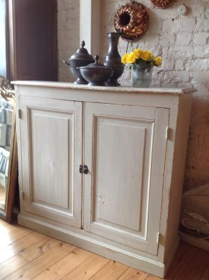 French 1940,s cupboard in light paint